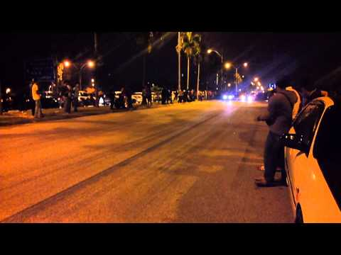 Drag racing Nissan AD Resort Vs Evo3