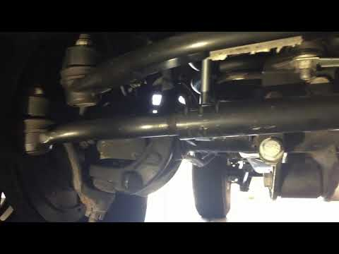 How to tell if tie rod ends are bad on Jeep jku