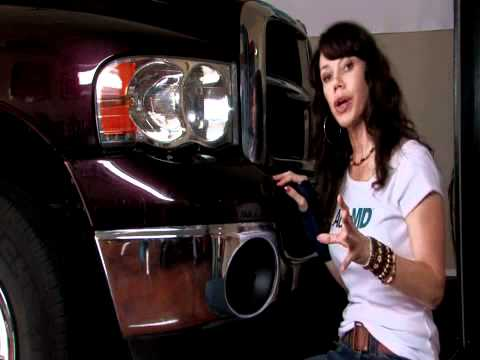 Auto Repair: How to Replace a Turn Signal Bulb