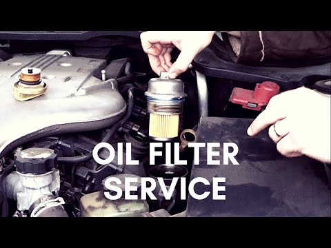 Holden VE Commodore - Oil & Oil Filter Service