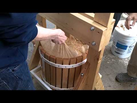 How to use a Cider Press - Part 3 of 6