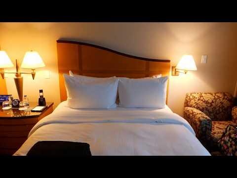 Fairmont Vancouver Airport Room Tour - Fairmont Gold