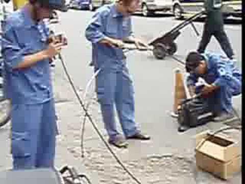 laufuman ( fibre optic cable connection