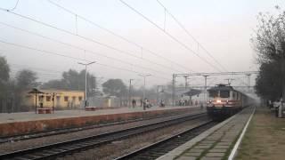 Fast & Furious:Bhopal Shatabdi Unleashes 150kmph Rage
