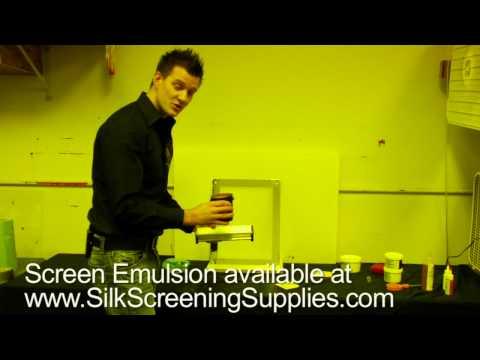 Preparing a screens for the Yudu, using emulsion w/ a Yudu machine.
