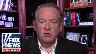 Mike Huckabee: When Biden goes off the script, it's disastrous