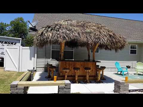 Calabash NC 8x5 Tiki bar - May 2017