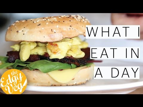 What I Eat in a Day | EASY VEGAN RECIPES | Cobb Salad | Veggie Burgers | Episode 4 | The Edgy Veg