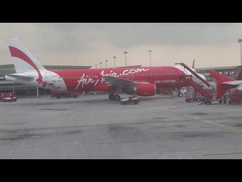 Air Asia Take Off - Kuala Lumpur International Airport - LCCT