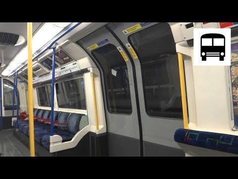 London Underground 1973 Stock - Heathrow T5 to Heathrow T1, 2 and 3 (Piccadilly Line)