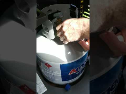 How to change the propane tank on Weber grill
