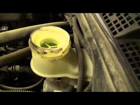 DIY Acura 1.7 EL Honda Civic Brake Fluid Flush