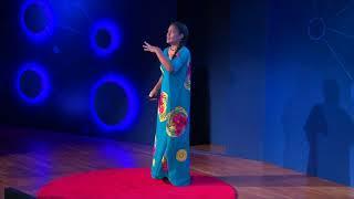 Derribando barreras culturales.  | Claudia Barón | TEDxFulbrightBogotá