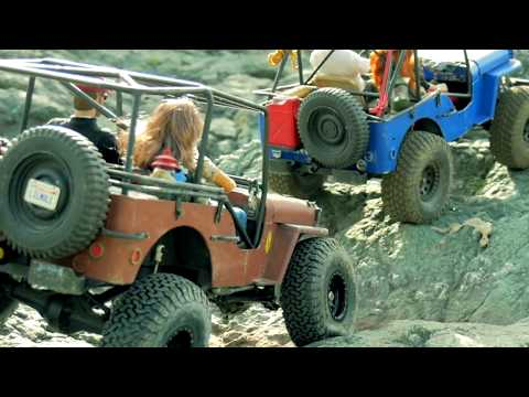 Slow Rock crawling 2 Willys Jeeps at an Offroad Park | Big 1:6th Scale GI Joe