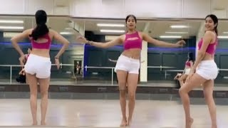 Watch Jhaanvi Kapoor's AMAZ!NG Be!!y Dance Performance On Jhinga@t Song