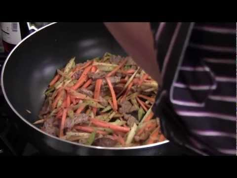 How to cook spicy ginger and garlic beef