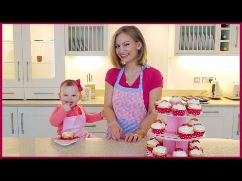 Strawberry Cream Cheese Cupcakes!