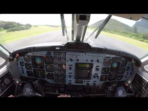 Approach and departure from Lord Howe Island (YLHI)