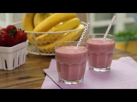 How to Make a Strawberry Oatmeal Smoothie | Smoothie Recipes | Allrecipes.com