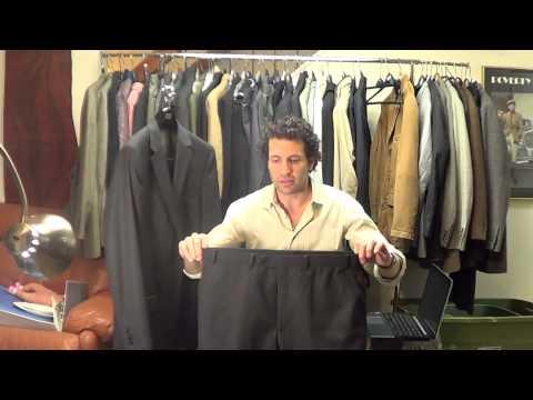 y8095  Michael Kors Black Pinstripe 2 Button Dual Vented Suit Sz. 41 R