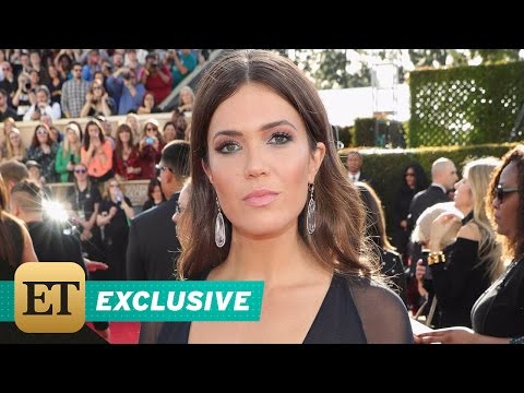 EXCLUSIVE: Mandy Moore Dishes on Her Cleavage-Baring 'Superhero' Dress for Golden Globes