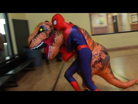 T-Rex vs SPIDER-MAN and Cookie Monster | Epic Fight Prank !!