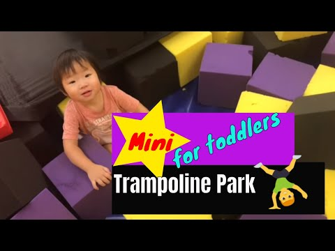 Mini trampoline park and ice cream / nursery rhymes for toddlers