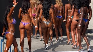Top 5 Sexy Hot Short Bikini Girls