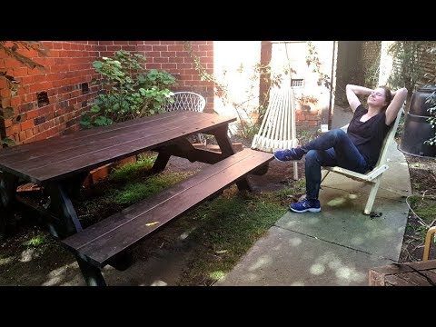Novice woodworker Robyn builds a picnic table