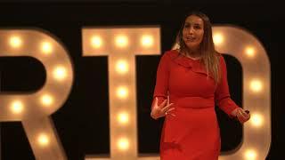 Sentido común, el menos común de los sentidos   DÉBORAH ROSALES   TEDxBarrioAntiguo