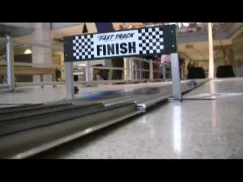 Super-fast pinewood derby track
