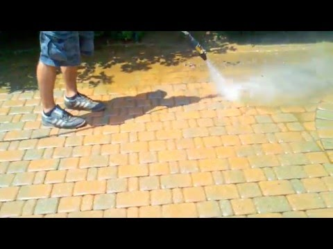 Paver Brick Cleaning Grosse Pointe 313-881-1025
