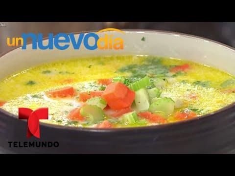 Recetas de cocina: Cómo hacer una Sopa de Pollo y Fideos | Un Nuevo Día | Telemundo