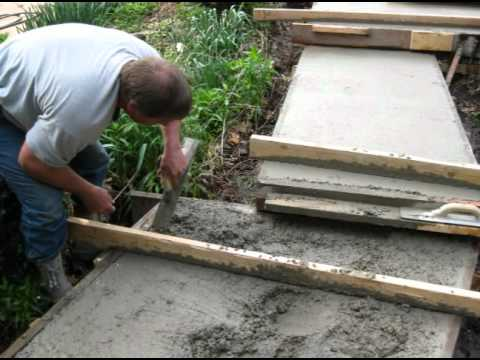 Pouring concrete steps: Exposed aggregate finish