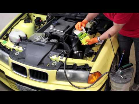 Changing the oil in a BMW or MINI, vacuum method
