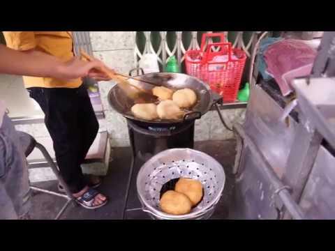 Saigon Street Food: Banh Tieu