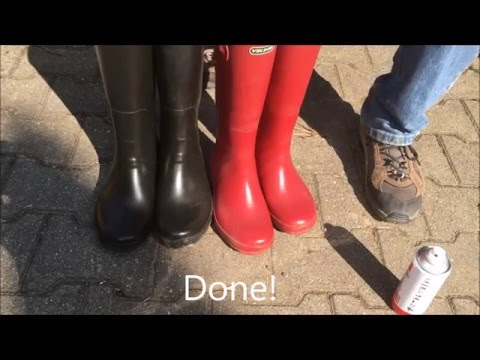 Cleaning natural rubber boots