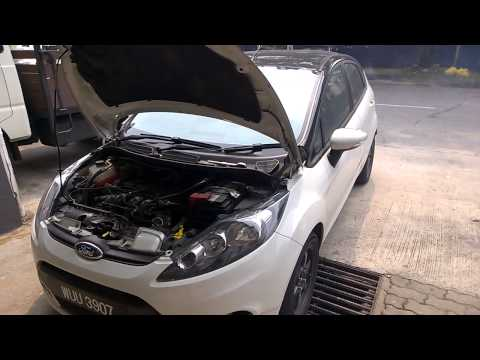 Cleaning the throttle body. Ford Fiesta 1.4LX (Part 1)