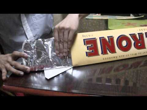 The Unboxing of the 4.5kg Giant Toblerone