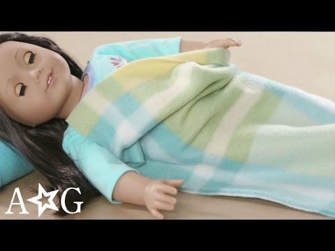 DIY Doll Sleeping Bag & Pillow | Craft Studio | American Girl