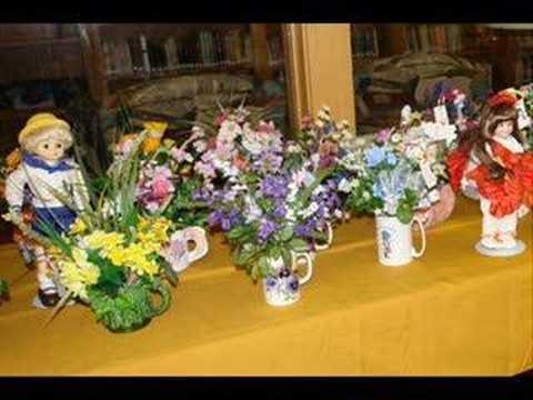 Silk flowers keep Bethany Lutheran Church warm in winter