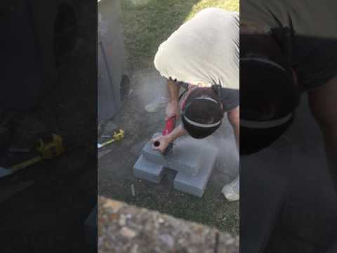 Cutting concrete block with a Milwaukee angle grinder and Avanti blade