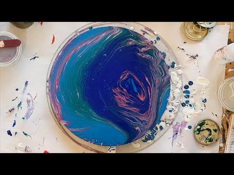 187 Blue Sparkly Spiral Pour