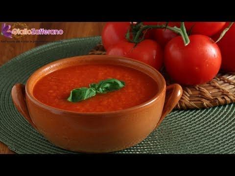 Fresh tomato sauce - Italian recipe