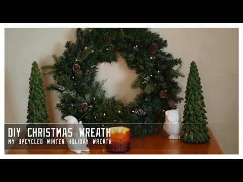 DIY: Christmas Wreath - How I Upcycled old Garland for a Beautiful new Wreath!