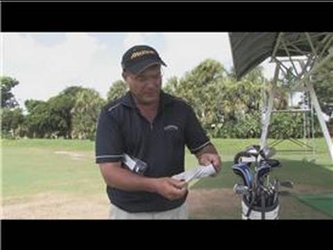 Golf Clubs & Tips : How to Clean a Golf Glove
