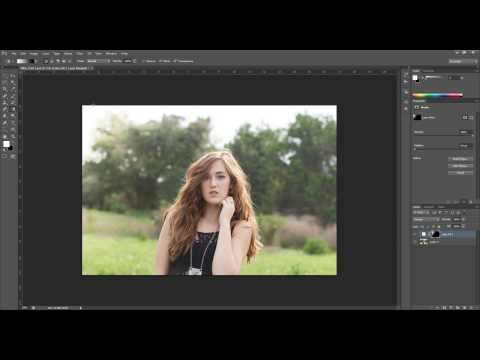 Using a Gradient Tool on a Layer Mask in Photoshop