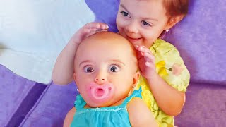Die besten Momente Geschwister spielen zusammen - Lustiges Baby-Video