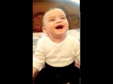 Gülerken Güldüren Bebek :)