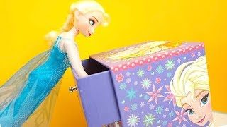 Download Эльза открывает сюрпризы и играет с игрушками. Игрушкин ТВ Video